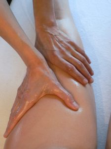 apprendre à masser les jambes